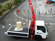 小型移動式クレーン画像
